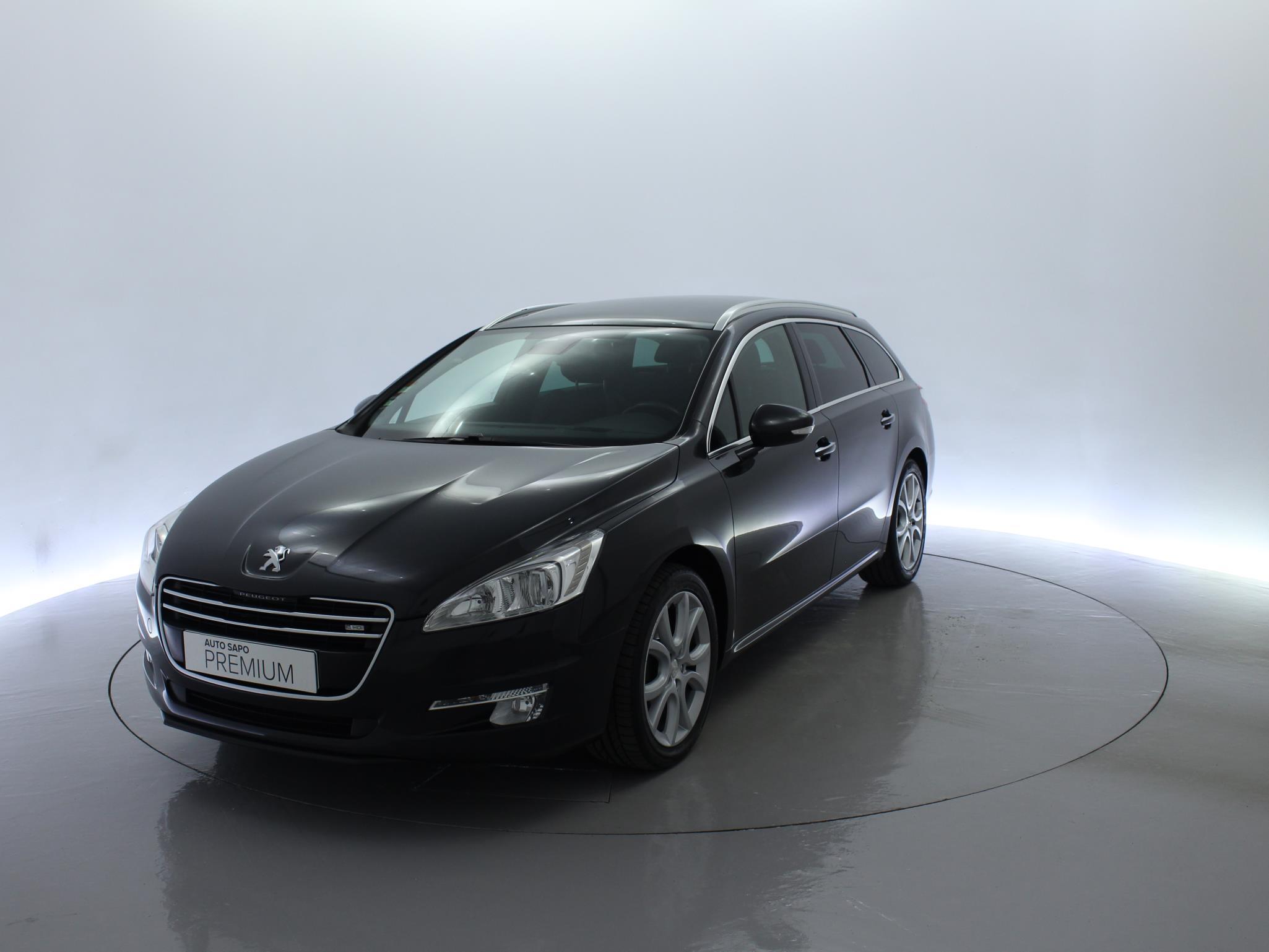 Peugeot (Model.Model?.Description)
