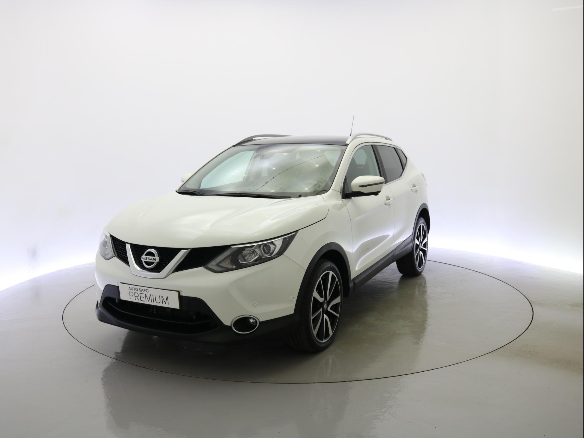 Nissan Qashqai 1.2 DIG-T XTRONI Tekna Premium Pele