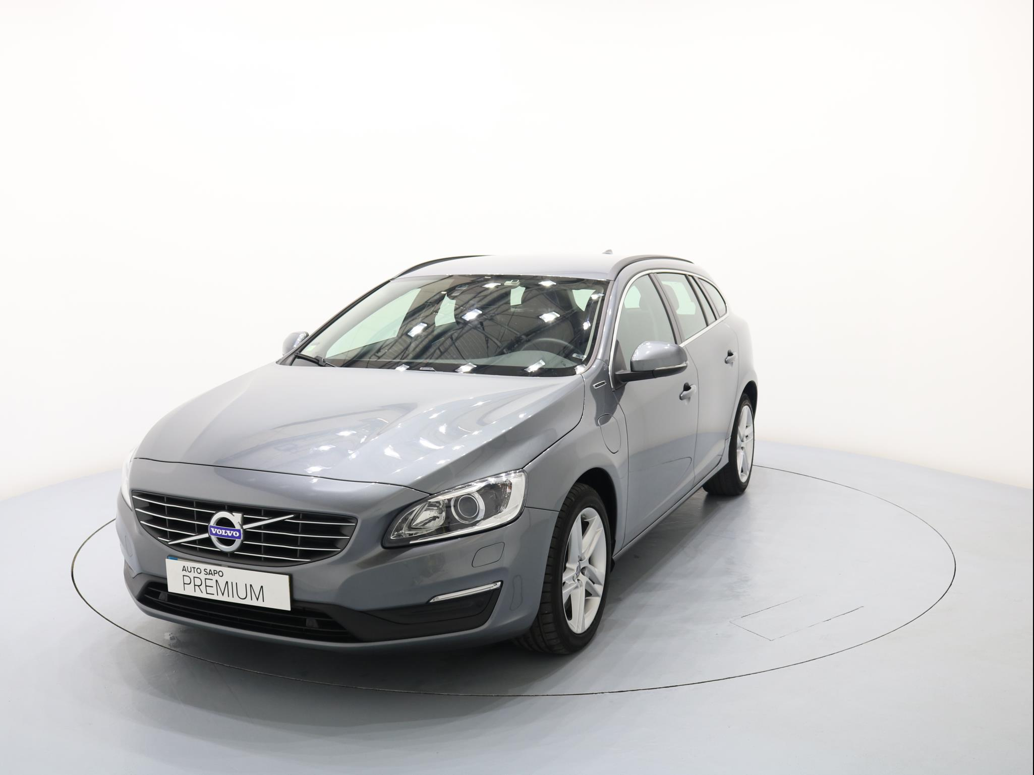 Volvo V60 2.4 D6 Momentum AWD Phev (220cv) (5p) (2013 a presente)